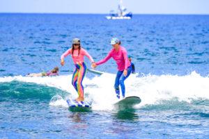 kiki martins kelly Potts female surfers maui teen camp guide