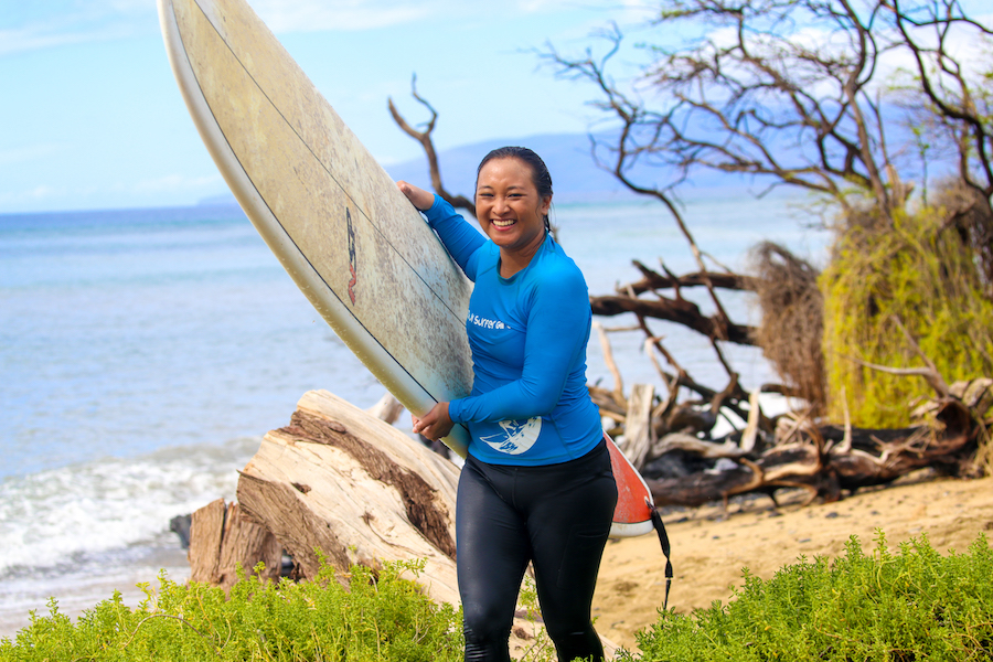 carry surfboard maui surf school